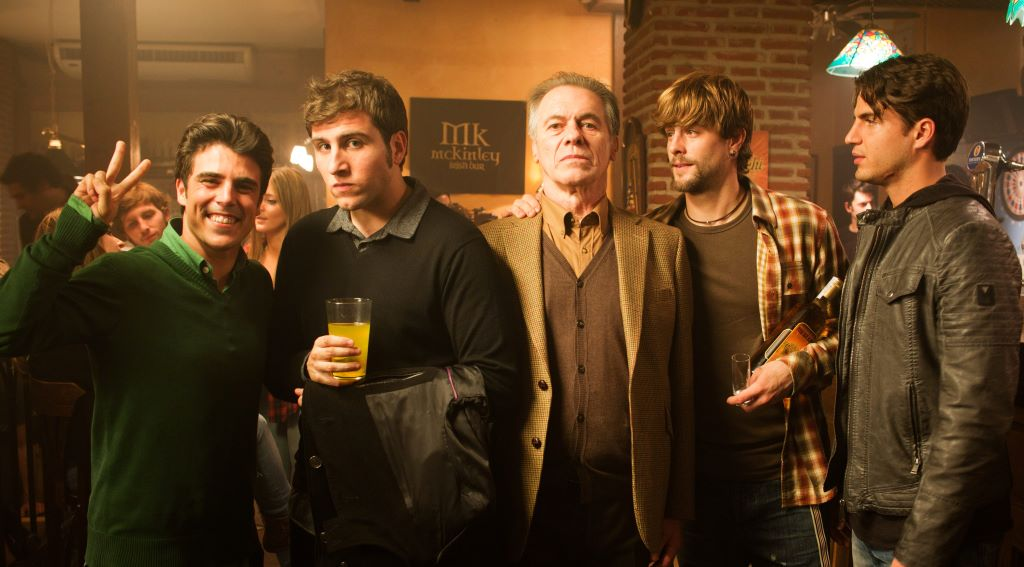 Director, elenco y equipo de 'Asesinos Inocentes' (foto facilitada por la web del festival)
