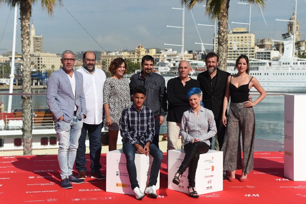Director, elenco y equipo de 'El País Del Miedo' (foto facilitada por la web del festival)
