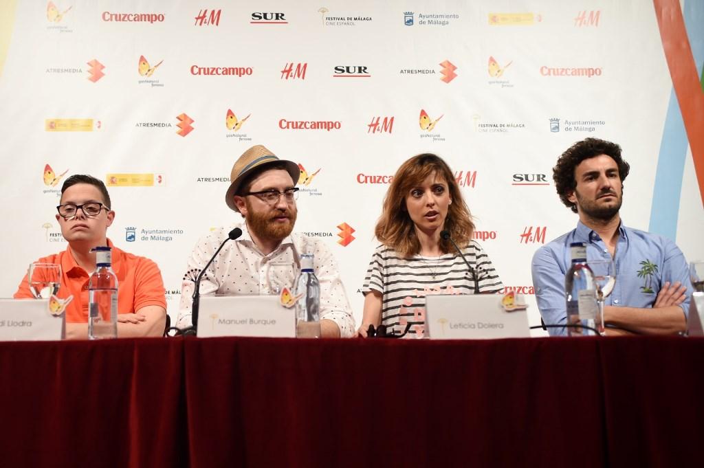 Directora y elenco de 'Requisitos para ser una persona normal' (foto facilitada por la web del festival)