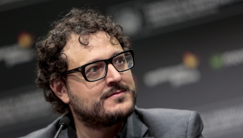 Dani de la Torre presentando 'El desconocido' en el Festival de San Sebastián